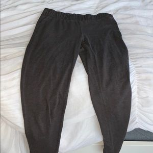 Maurices Grey Leggings. Great Condition